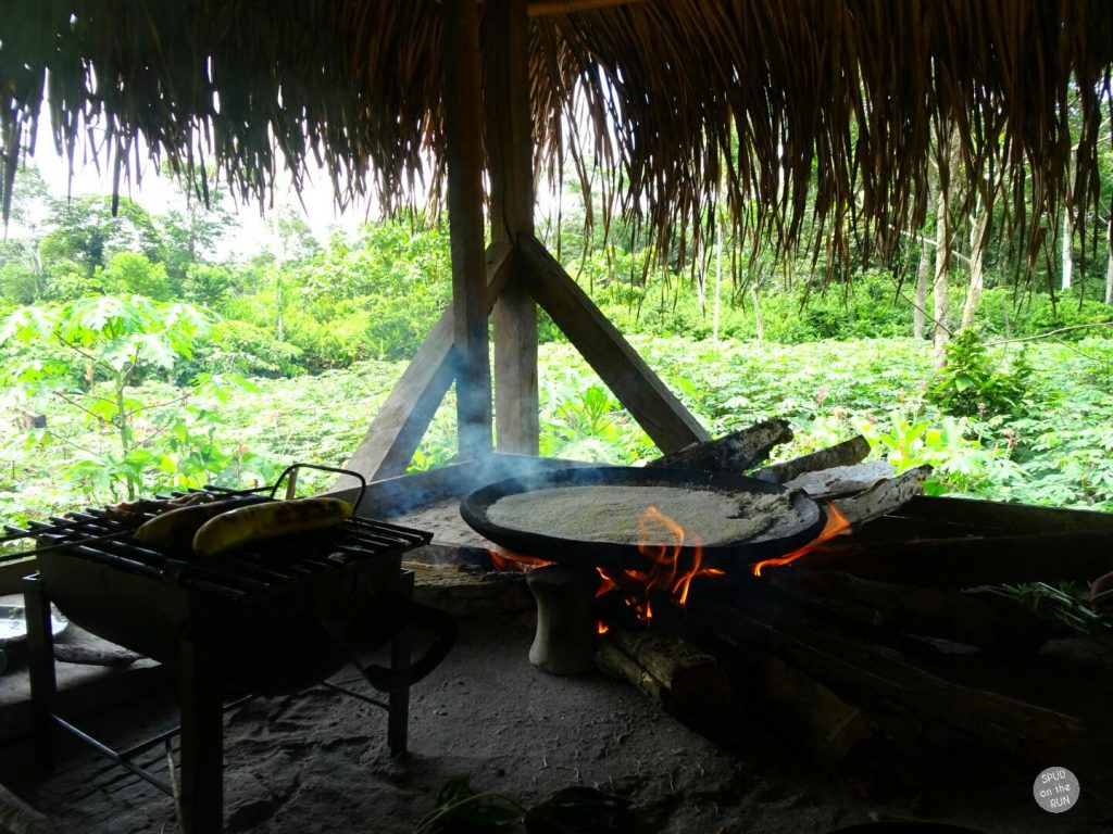 Cooking the yuca bread